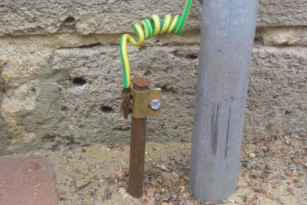 Заземление ящика учета электроэнергии
